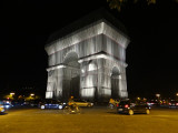 (21) Arch of Triumph packed by Christo !