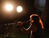 Ambre McLean Singing 90D-02039