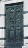 Duomo - Bronze door