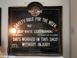N&W Safety Sign