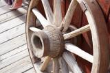 A wagon wheel in Oatman 005_DSC02241