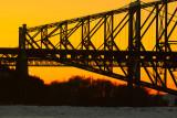 Pont de Québec . Ce soir là, ça ressemblait à ça !