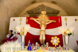 Altar with straw Cristo