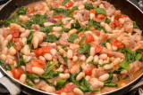 Chicken with Beans, Tomatoes & Spinach