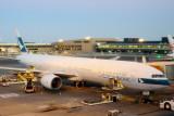 Boeing 777-367 (CX 505)