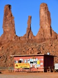 Lindas frybread, Three Sisters, Monument Valley, Navajo Tribal Park, Navajo Nation, Arizona 415