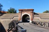 06_Karlo's Gate.jpg