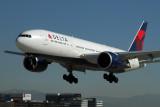 DELTA BOEING 777 200LR LAX RF IMG_9016.jpg