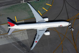 JAPAN AIRLINES BOEING 777 300ER LAX RF 5K5A0560.jpg
