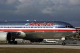 AMERICAN BOEING 767 300 MIA RF 5K5A9393.jpg