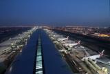 DUBAI AIRPORT RF IMG_9328.jpg