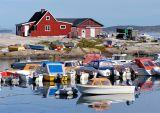 Aasiaat harbour & house