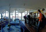 Uummannaq hotel - Judes buys the beers