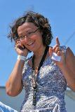 Léna, chargée de l'organisation des sorties en mer de la presse