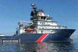 Douarnenez 2006 - Le 28 juillet - Le remorqueur de haute mer Abeille Bourbon photo 24