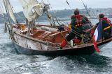 Douarnenez 2006 - Le samedi 29 juillet - Pen Duick, le voilier mytique d'Eric Tabarly