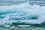 Hummocking ice - Kruiend ijs