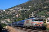 Coming from Paris, the BB22333 and Le Train Bleu near Ventimiglia.