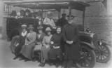 1924 - Circa  Wellings Coach taken in Hallams Row (Off Albert Street) Burton on Trent