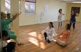 2012_07_12 Usha Gupta Studio with guest instructor Maulik Shah