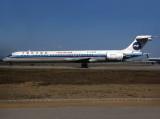 MD-90  B-2252