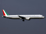 Great they painted one of the Fleet in the 'Retro' livery, LHR for 09L....