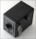 05 Kodak Six-20 Brownie D.jpg