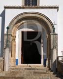 Trechos Românicos da Igreja de Santa Maria do Castelo e São Miguel (MN)