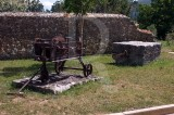 A Pedra e o Ferro