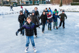 Eerste moedige schaatsers in Vianen