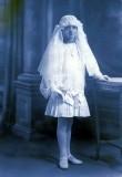 Une apparition, en 1925
