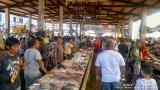Market scene in Bongao