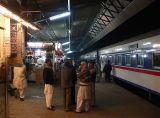 A stop at the Rohri Junction - 558.JPG
