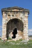 Aba'nın Anıt Mezarlık