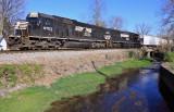 NS 6703 & 6705 with train 375 at Harrodsburg