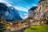 Church, village and mountains, Lauterbrunnen (2591)