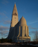Hallgrimskirkja Reykjavik_despite being made of concrete, I think that this church has a pleasant feel to it
