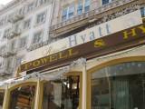 Hyatt Powell and Hyde Cable Car
