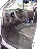 2005 Nissan 4x4 LEdrivers open door