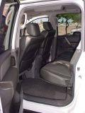 2005 Nissan 4x4 LEdrivers side rear door