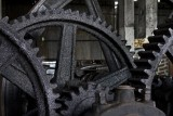 23.  Gears that drive the cane crushers to extract the juice.