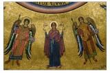 La Madonna Orante con Angeli