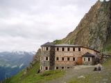 Leaving Sajat Hütte