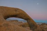 mobius arch moonrise