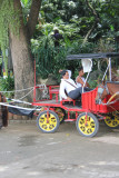 Another buggy for hire.  Business looked slow that day.