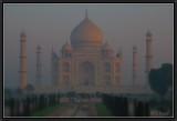 Aurore Hivernale sur le Taj Mahal.
