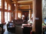 hut lounge