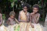Yakel girls, Louinio Nambas Kastom Village, Tanna