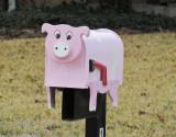 Pink Pig MailBox