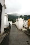Cemeterio a un Costado de la Iglesia